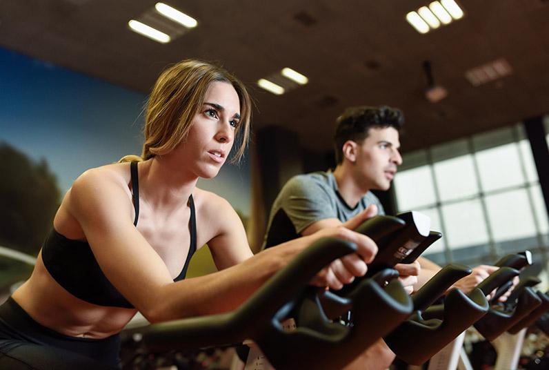 exercice cardio training velo d appartement pour reprise sport apres chirurgie hernie discale