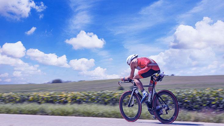 Vélo de route ou VTT : mieux s'échauffer pour prévenir les blessures et anticiper le « second souffle » !