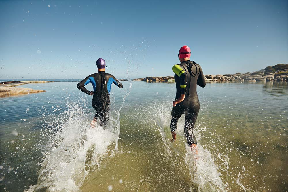 l'Ironman est une forme extrême de triathlon qui mélange natation, cyclisme et marathon.