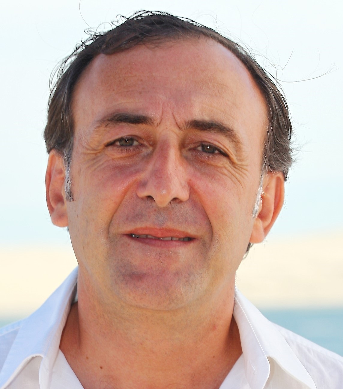 Dr Serge DUBEAU