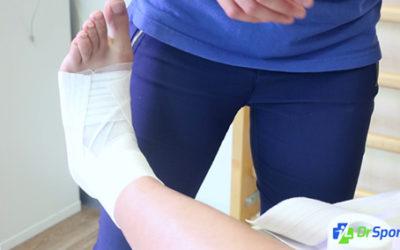 Comment réaliser un strapping pour une entorse externe de la cheville ?