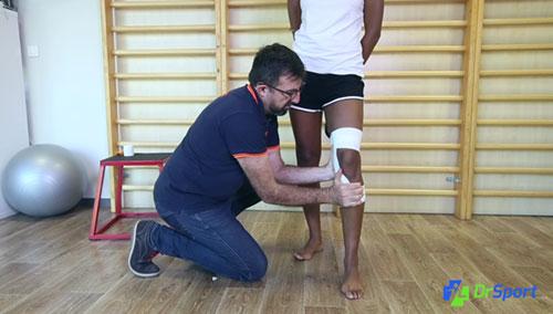 Comment réaliser un strapping pour une entorse interne du genou ?