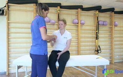 Comment réaliser un strapping pour une entorse du poignet ?