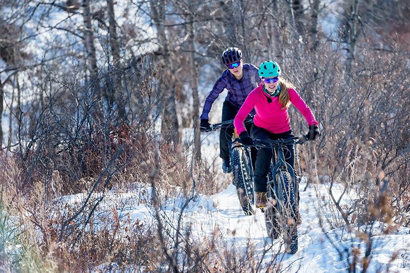 Les performances sportives peuvent bénéficier d'un coup de pouce lorsqu'il fait entre 11 et 15 degrés. Lorsqu'il neige ou il gèle, par contre, les risques pour la santé sont accrus.