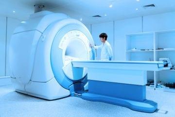 Qu'est ce qu'une IRM (imagerie par résonance magnétique) ?