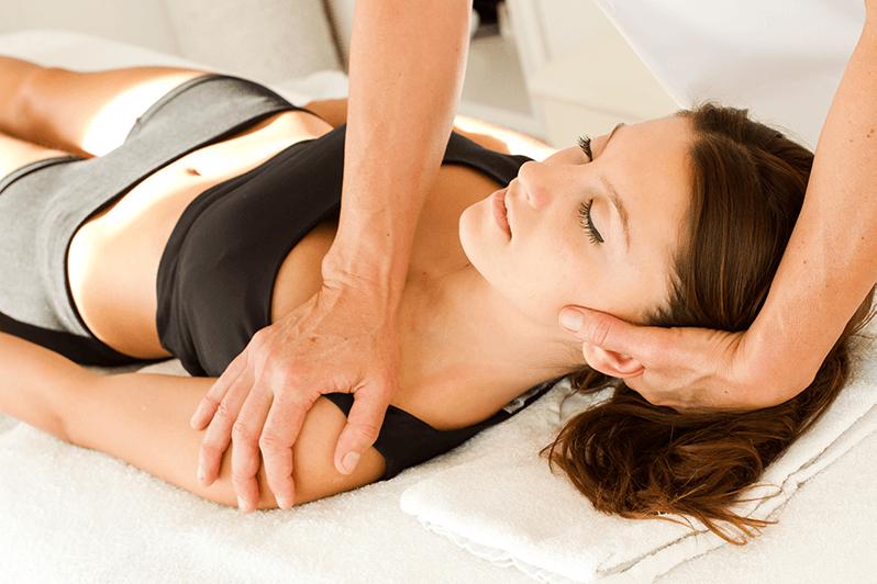 soigner-douleurs-cervicales-sport-soin-massages-kine